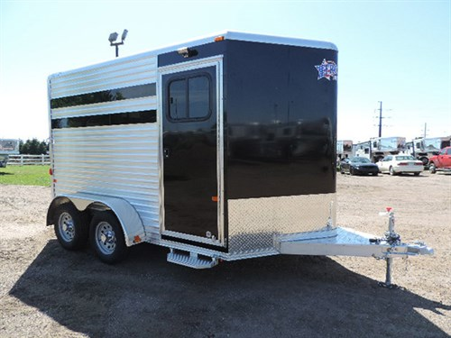 AD#0480 2016 Frontier Colt Series Combo 2H BP Slant, LED Exterior Load Light Package, Curbside Plexi-Glass, One 12v Wall Switch Over Dressing Rm & In Rear Of Trailer, Bridle Hooks & Two Tier Saddle Rack & Floor Level Spare Tire Mount In Dressing Rm, Air Flow Padded Divider, Drop Dwn Windows w/Fold Dwn Bars, Two Roof Vents, Fold Down Step. Price 11,000.00