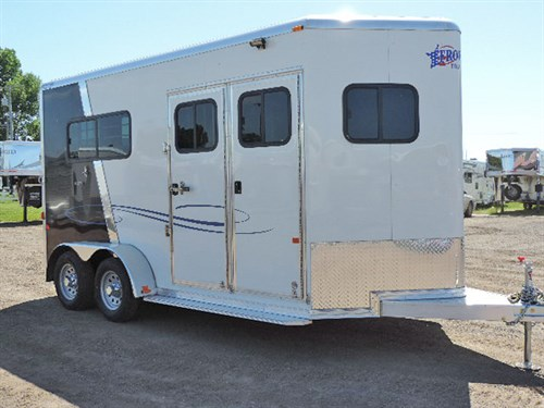 """AD#0450 2016 Frontier Ambassador Straight Load BP w/67"""" Dressing Rm w/6"""" Anodized Divider, LED Load Lights Over Dressing Rm & In Rear, Row Of Bridle Hooks & 2 Tier Saddle Rack, Blanket Bar In Dressing Rm, Escape Doors On Both Sides, Fold Dwn Step, 15"""" Spare Silver Mod Wheel w/205/75R15 Tire, Ramp w/Dutch Doors Above. Must See!!! Price 13,200.00"""