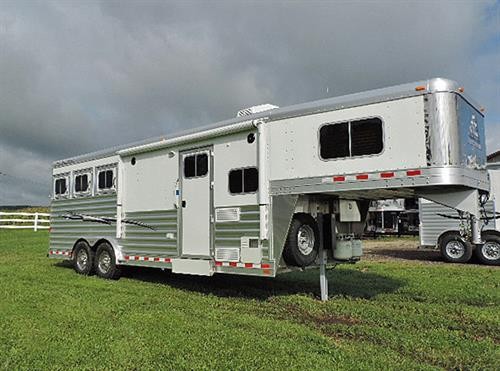 AD#16702 2016 Elite Mustang 3H GN 8'X22.67'X7.5'Tall All Alumn, Stainless Nose w/8'6 Outback LQ, Soft Touch Walls & Ceiling, Stainless Sink, Micro, Recessed Cook Top, 3cu. Refg, Flip Up Counter Top, Overhead Cabinets, TV, AM-FM/CD Player w/Interior & Exterior Speakers, Sofa/Sleeper, Fold Up Table To Match Counter Top, Hat Racks, Full Bathroom w/Vanity, Sink, Stool, Radius Shower w/Sky Light
