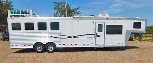 """AD#3829 2013 Cherokee GN 8' X 30' X 7'6"""" Super Chief, 4 Horse w/13ft Dream Catcher Solid Knotty Alder LQ, Sofa & Dinette, Soft Touch Walls & Ceiling, 6cu Refg., Ducted Air Condition, Ducted Furnace, AM-FM-CD Player w/Interior & Exterior Speakers, Western Package, Pocket Door, Neo Angle Shower, Vanity w/Sink, Porcelain Stool, Walk-thru Door, Stud Divider, Escape Door, Drop Down Feed Doors w/Fold Down Bars, 3 Mangers w/3 Manger Doors, Padded Dividers"""