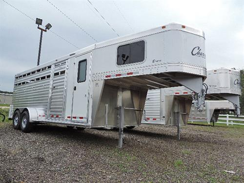 AD#04397 2017 Cherokee Brave Stock Combo 20' GN 6'8X20'X7' w/4' Dressing Rm, All Alumn, Carpeted GN Drop & Floor, 4 Tier Saddle Rack, Bridle Hooks, Blanket Bar, Brush Tray, Clothing Rod, Windows In GN, Camper Door w/Screen, Escape Door
