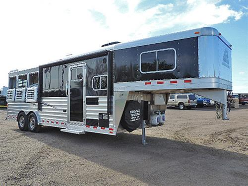 """AD#16704  2016 Elite Mustang 3 Horse GN 8'X22.67'X7'6"""" Tall,  All Alumn., 8'8"""" Solid Knotty Alder LQ, Soft Touch Walls & Ceiling, Dinette, Stainless Steel Sink, 2 Burner Stove, Microwv, 3 cu 2 Way Refg., Flip Up Counter Top, 24"""" TV – DVD Player, AM/FM/CD Player, Interior & Exterior Speakers, Hat Racks, Pocket Door, Vanity w/Sink, Porcelian Stool, Radius Shower w/Sky Light, Hanging Closet, Ducted Furnace, AC w/Heat Strip, Escape Door w/Fold Dwn Step, HD Drop Dwn Feed Door & Fold Dwn Bars"""