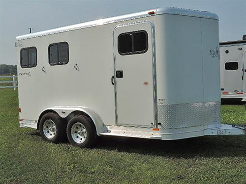 AD39804  2001 Kiefer Genesis 2H BP 2' to 6' Dress Rm, All Aluminum, Camper Door w/Screen, Spare Tire, Cloth Rod, Camper Vent, 4 Bar Swing Out Blanket Bar, Bridle Hooks, Brush Tray, Drop Dwn Feed Doors w/Fold Dwn Bars, Collaps. Rear Tack, Moveable 2 Tier Saddle Rack, Slam Latch Divider, Dble Tail Lights, Alumn. Rims.  Trailer Is In Excellent Condition.  Sale Price  $9,500.00