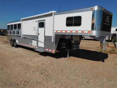 "AD#17489 2018 Elite Mustang GN 8' X 28' X 7'6"" White Skin, 4 Horse W/10'8"" Outback Conversion, Soft Touch Walls & Ceiling, Full Size Sofa-Sleeper, Corner Bench, Roll Up Screen Door, Ducted AC, Ducted Furnace, AM-FM Stereo, Inside Speakers, Outside Speakers, Microwave, Vanity W/Stainless Steel Sink, Stool"
