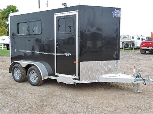 "Ad#15329  2018 Frontier Strider Series 2H Slant BP 6'8""X11'X7' All Alumn Black w/SilverGraphics, V-Nose w/Stone Guard, Load Light On Rear & Tack Rm Door, Front Tack Rm Has 2 Tier Removable Saddle Rack, Bridle Hooks, Blanket Bar, Brush Tray, Spare Tire w/Mount, LED Light w/Wall Switch, Floor Level Spare Tire Mount in Tack Room, Spare 15"" Silver Mod Wheel w/ 225/75R15 Tire ( 5-Lug), MSRP $15,100.00   Sale Price $11,600.00"