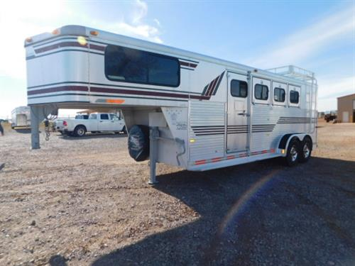 AD# 6350 1996 Sundowner Sunlite GN 7'x22'x7' All Aluminum 4 Horse, 4' to 8' dress room, Aluminum Boot Bench, Bridle Hooks, Blanket Bar, Carpet GN Drop & Floor, Insulated Roof & Sidewalls Dress Room, Escape Door, Drop Down Feed Door, 2 Air Space Rump Wall W/ Plexiglass, Lined Walls Horse Area, Padded Slam Latch Dividers, Collapsible Rear Tack W/ 4 Post Swing Out Saddle Rack, 4 Flush Roof Vents, Hay Rack, Load Light, Trailer Serviced & Ready To Go! Very Clean Trailer! Sale Price $10,500.00