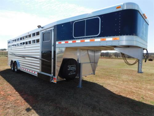 AD#17860 2018 Elite GN 8' X 24' X 7' Stock Combo Black Skin, 4' Dress Room W/Fold Down Steps, Carpeted GN-Drop-Floor, 4 Tier Saddle Rack, Bridle Hooks, GN Windows In Nose, HD Butterfly Rear Gates, 20' Stock, 2 HD Slam Latch Center Gates W/Outside Release, Rubber Lined Walls & Bulkhead Wall, Rubber Mats, 2 Load Lights, HD Escape Door W/Fold Down Step, Exterior LED Lights, Interior LED Lights