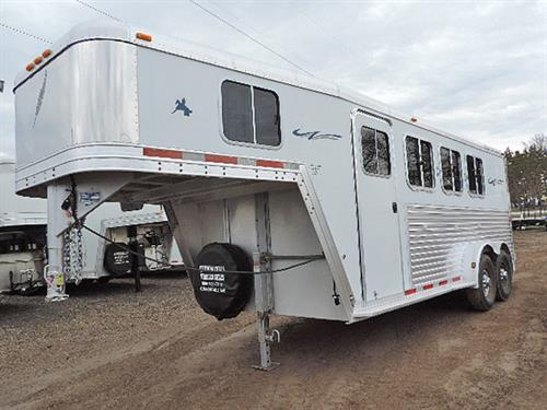 67704 2004 Featherlite 3H GN 7\u0027x18\u0027x7\u0027 4ft-8ft Lined & Cannon Falls Trailer Sales::Used Trailers