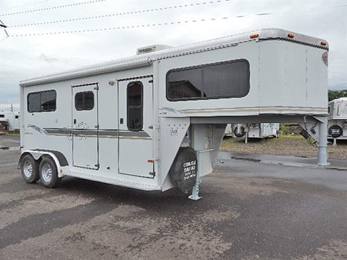 #5898  2002 Sundowner 2H GN  7'x16'x7.5' Tall, Straight Load, 4ft. Weekender, Padded Bob & Bench Storage, Solid Alder, Sink-Water Tank & Pump, Microwave, Refrigerator, Air Conditioner  w/Heat Strip, Awning w/ Aluminum Guard, 2 Full Escape Doors, Full Ramp w/Doors Above, Padded Divider & Stalls, Roof Vents, 2 Load Lights,  NEW Brakes & Bearings, Very-Very Clean Trailer w/Very little Use!  Financing & Delivery Available!   Sale Price $13,900.00