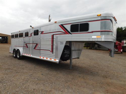 "AD#5653 1997 Elite GN 7'6"" X 23' X 7' DLX 4 Horse W/6' To 10' Insulated Dress Room, Walk-Thru Door, Corner Shelves, Bridle Hooks, 2 Blanket Bars, Removable 4 Tier Saddle Rack, Boot Box, Shelf W/Cloth Rod, Carpeted GN-Drop-Floor-Wall, 4 Drop Down Windows, 4 Mangers W/2 Manger Doors, Escape Door On Rump Side, Rear Ramp, Permanent & Sealed Rear Tack, Removable 4 Tier Saddle Rack Bridle Hooks, Blanket Bar, 2 Brush Trays, Carpeted Walls, Roof Vent, Padded Dividers, Stud Divider"