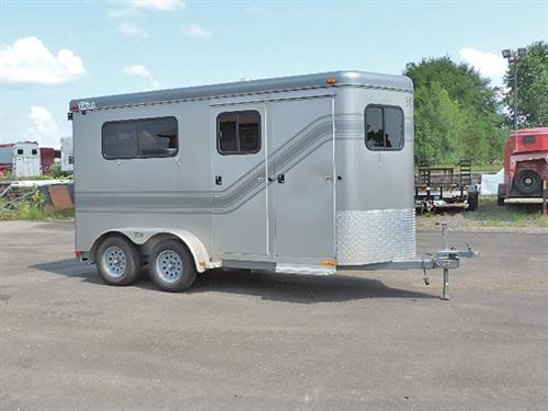 "#23014  2006 Trailet New Yorker, 2H, BP 6'x14'x7'6"" Tall,  Straight Load, Ramp w/Dutch Doors above, Access Doors Each Side, Front Tack/Dressing Room, 2 Tier Saddle Rack, Halter Hooks, EXCELLENT Condition! Financing & Delivery Available.  ***Sale Price $7,995.00***"