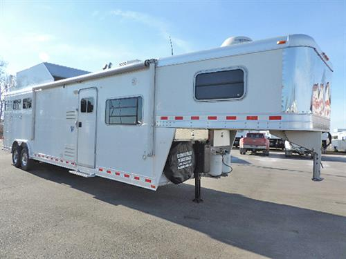 #9743A  2008 Elite 3H GN 8'x29'x7.5' Deluxe,  15' Bunkhouse LQ, Dinette & Sofa, Solid Wood, Soft Touch Ceilings & Walls, 6 cu Ft Refg,  Mwave, Stove, Sink, Solar Charger, TV, DVD, CD Stereo w/Speakers, Shower, Stool, Vanity, Walk-Thru Door, Esc Door w/HD Drop-Dn Feed Door & HD Fold-Dn Bars, Stud Divide, Padded Divides, Collaps Rear Tack w/Blnkt Bar, 4-Tier Saddle Rack, Brush Trays, Load-Lights, Generator, Hay Pod, 8K Lb Axles, 14-ply Radials. EXCELLENT Condition!   ***Sale Price  $59,900.00***