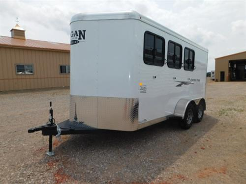 "AD#7618 2019 Logan Coach Cross Fire, 3 Horse BP 6'9"" X 16' X 7',V-Nose Dress Room, 12 Bridle Hooks, 3 Tier Swing-Out Saddle Racks, Blanket Bars, 33"" Dress Door W/Window, Spare Tire, Drop Down Feed Doors W/Fold Down Bars, Double Rear Doors W/Cam Locks (No Center Post), Padded Slam Latch Dividers, 3 Roof Vents, Top Air Space Rump Side W/Plexiglass, Rubber Mats, Stone Guard. Financing & Delivery Available. Sug Selling $14,650  Sale Price $12,500"