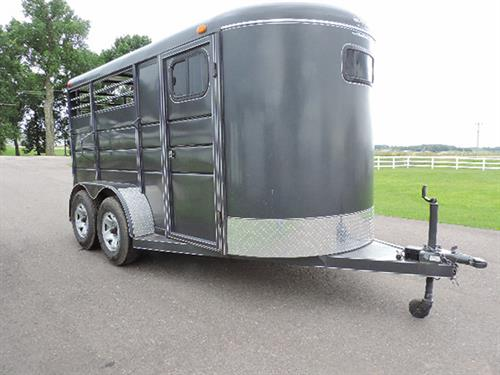 "#0969  2015 Calico  2H BP 6'x14'x6'8""  w/Dress Room, 2 Saddle Racks, Bridle Hooks, Dress Room Door w/ Window, Solid Dress Room Wall, Escape Door, Horse Divider, 235/80 R16 10-ply Radials, Rubber Torsion Axles, Rubber Mats, Spare Tire.  Clean Trailer. Financing & Delivery Available.  ***Sale Price $4250.00***"